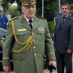 قايد صالح يقود سياسة غامضة في الجزائر