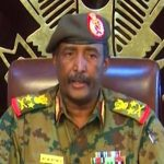 رئيس المجلس العسكرى فى السودان يجتمع مع دبلوماسى أمريكى بالخرطوم