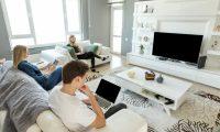ما هو تأثير شاشات الأجهزة الإلكترونية على صحة المراهقين؟
