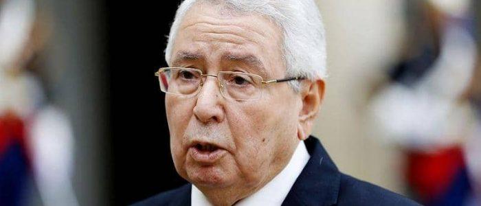 هل تدخل الجزائر في متاهة الفترة الانتقالية؟