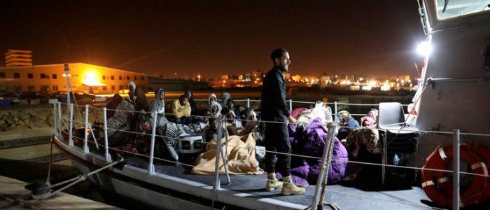 البحرية المغربية تنقذ 161 مهاجرا غير شرعى بالبحر المتوسط