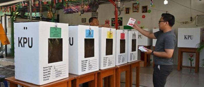 بدء التصويت في انتخابات اندونيسيا