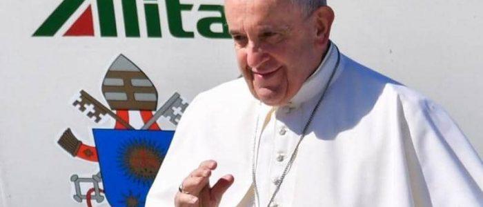 """البابا فرنسيس يؤكد خطأ فكرة بناء جدار ترامب ويصفها بالـ""""قسوة"""""""