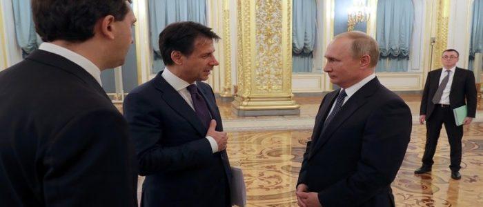 الرئيس الإيطالي يدعو بوتين للعمل معا على تسوية الأزمة الليبية