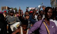 """""""الجبهة الوطنية"""" تشييد بإجراءات القوات المسلحة في السودان"""