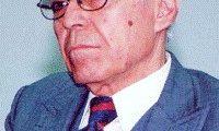 الطيب التيزيني : حكيم الفلاسفة المعاصرين ومناصر حقوق الانسان