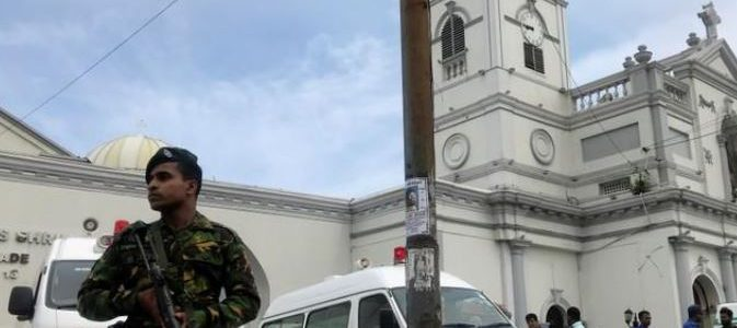 سريلانكا تعتقل 40 شخصا على خلفية تفجيرات كولومبو