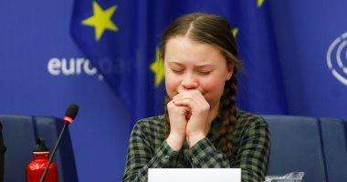 طفلة سويدية: انقذوا العالم مثلما تحاولون إنقاذ كاتدرائية نوتردام