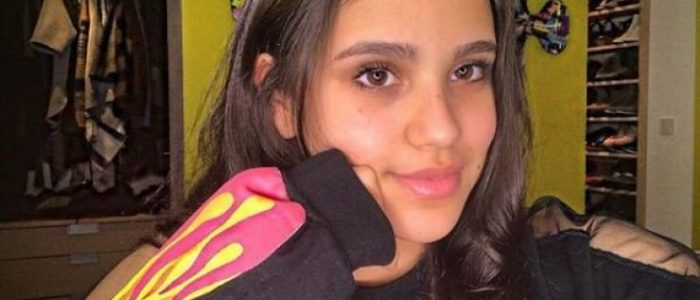 كيف ردت ابنة عمرو دياب علي منتقديها؟