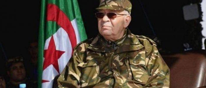 قايد صالح: الحوار هو السبيل الوحيد للخروج من الأزمة