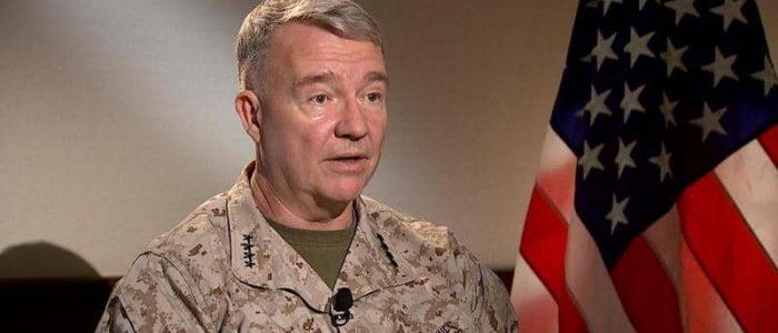 قائد القيادة الأمريكية الوسطى يوجه رسائل حازمة لإيران