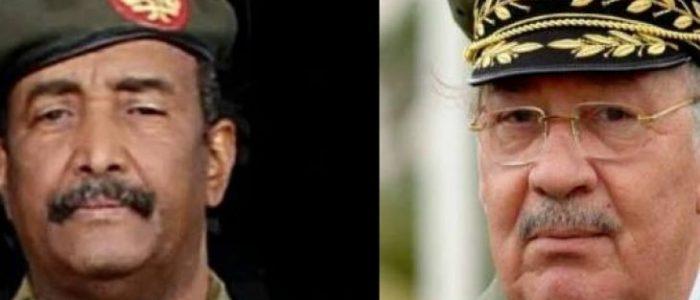 قادة الجيش في الجزائر والسودان يبطئون عملية التحول إلى الديمقراطية