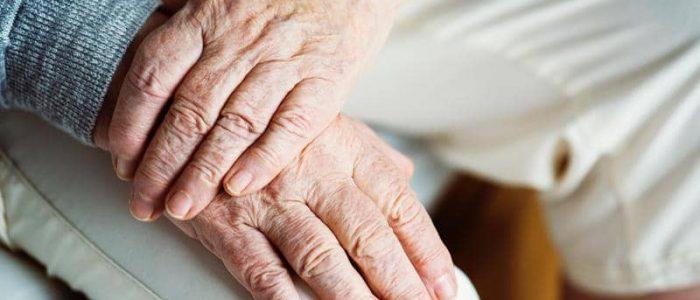 دراسة: عدم شم بعض الروائح مؤشر لاقتراب الموت
