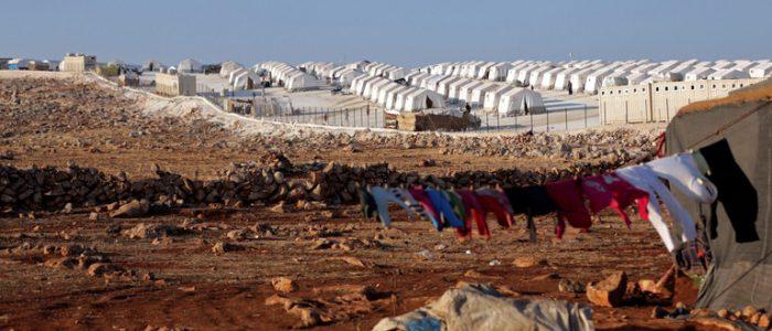 موسكو: واشنطن تتبع سياسة معسكرات الاعتقال في مخيم الركبان