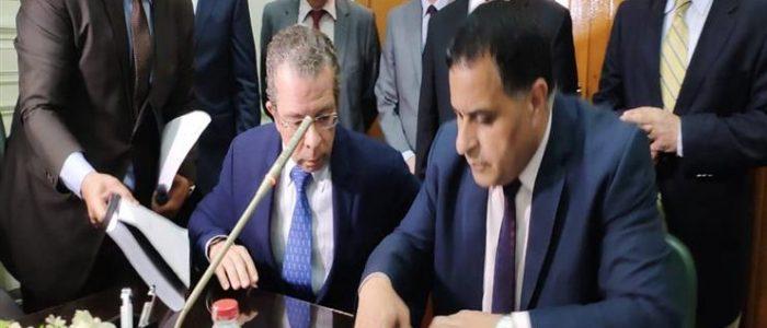 مصر توقع عقدًا مع إسبانيا لشراء 6 قطارات سكة حديد جديدة