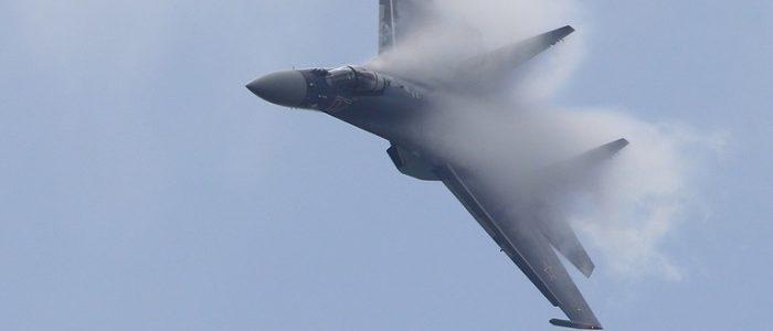 """ناشيونال انترست: مقاتلة """"سو-35"""" الروسية تنهي ميزة التخفي للمقاتلات الأمريكية"""