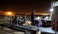 منظمات إغاثة تقاضي حكومة باريس لمنعها من تسليم قوارب إلى البحرية الليبية