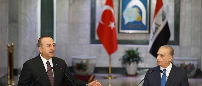 وزير الخارجية التركي يختتم زيارته إلى العراق بلقاء مسؤولين أكراد في أربيل