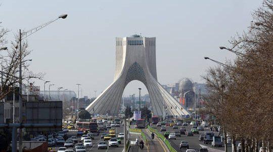 إيران تعلن إزالة كل العقبات في التجارة مع قطر