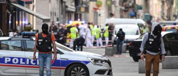 توقيف مشتبه به ثانٍ في تفجير طرد في ليون الفرنسية