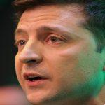 رئيس أوكرانيا يواجه انتقادات في بلده بعد نشر نص محادثته الهاتفية مع ترامب