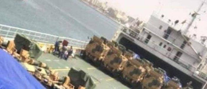 تركيا تمدّ ميليشيات طرابلس بسفينة محملة بالأسلحة والآليات
