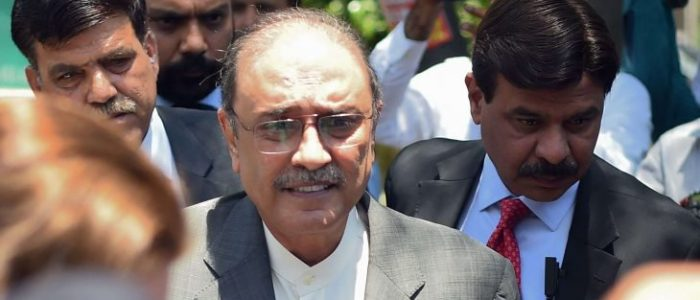 """باكستان تلقي القبض على الرئيس الأسبق """"زرداري"""" في قضية غسل أموال"""