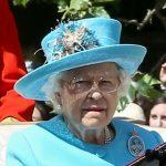 حساب سري على فيسبوك وآخر في زووم.. الكشف عن وسائل الملكة إليزابيث للتواصل مع الآخرين ودور ابنتها آن