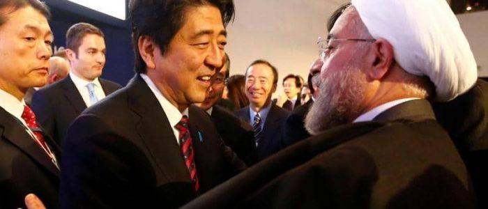 إيران تطلب الوساطة من رئيس وزراء اليابان لتخفيف العقوبات الأمريكية
