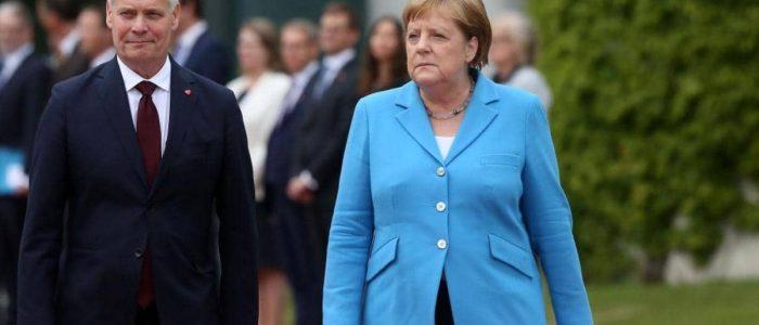استطلاع: غالبية الألمانيين يعتقدون أن ارتعاش ميركل مسألة شخصية