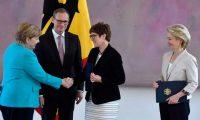 البرلمان الألماني ينصب زعيمة حزب ميركل وزيرة للدفاع الأسبوع المقبل