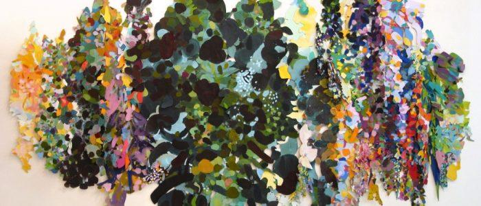 التجريد صراع اللون والفراغ تجريب الرمز وانعكاس المفهوم في التجربة التشكيلية لسامية حلبي