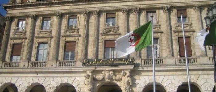الجزائر تفقد أكثر من 7 مليارات من احتياطات النقد في 4 أشهر