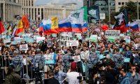 أكثر من 20 ألف متظاهر في موسكو للمطالبة بانتخابات محلية حرة وعادلة
