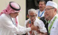 معمر ماليزى تخطى عمره الـ100 عام يحرص على أداء فريضة الحج