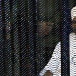فاينانشال تايمز: هل فشلت محاكمة البشير في إسكات الأصوات المنادية بالعدالة؟