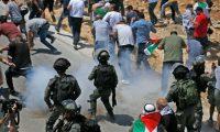 الاحتلال الإسرائيلي يشن حملات دهم لمساكن الطلبة ويعتقل نساء وأطفالا