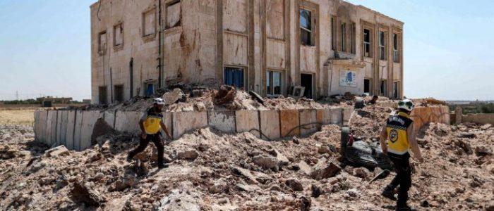 طائرات حربية تقصف إدلب السورية رغم وقف إطلاق النار