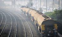 خطة كبيرة لتطوير الموانئ البحرية والسكك الحديد بمصر