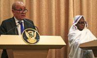 وزير الخارجية الفرنسي من الخرطوم: ندعم جهود إعادة انخراط السودان في المجتمع الدولي