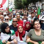 الطلاب يتظاهرون مجدّدا وسط الجزائر بعد منع مسيرتهم الأسبوع الماضي