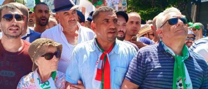 الجزائر: وضع معارض في الحبس الانفرادي في رواق المحكوم عليهم بالإعدام