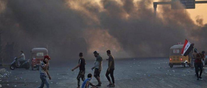 الحكومة العراقية تفض اعتصام السنك وتتوعد المتظاهرين