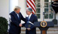رئيس الاحتياطي الفدرالي يذكر ترامب باستقلالية المؤسسة المالية الأمريكية