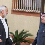 كيف تحولت مأساة غزة وحقائب المال القطري إلى شعار انتخابي لقادة إسرائيل؟
