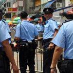 ناخبو هونج كونج يصوتون في انتخابات محلية وسط تأمين من شرطة مكافحة الشغب
