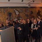 """وزير الآثار يفتتح معرض """"توت عنخ آمون"""" في لندن"""