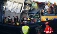 فرق إنقاذ تبحث عن ناجين تحت المباني المنهارة جراء زلزال الفلبين