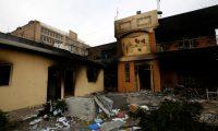 محتجون يضرمون النيران بقنصلية إيران في النجف للمرة الثالثة خلال 6 أيام