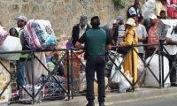 """المغرب يتعهد بـ""""إعادة الأمور إلى نصابها"""" في معبر سبتة"""